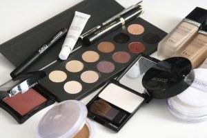cosmetics-1063134__340